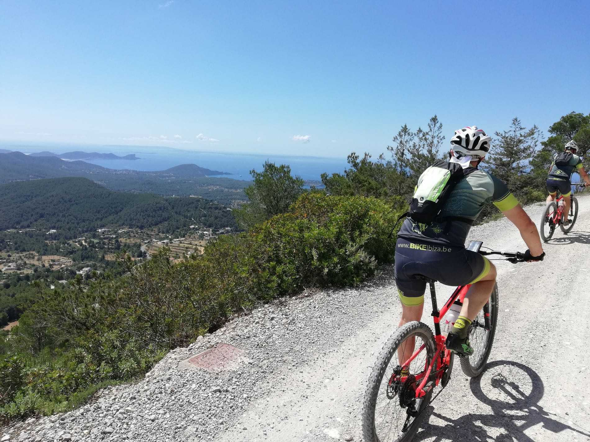 DRIE DAGEN MOUNTAINBIKE IN IBIZA